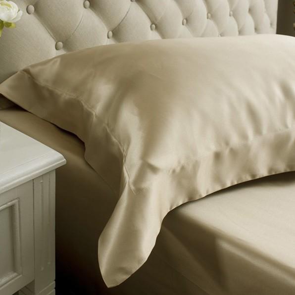 taie d'oreiller de soie - silk pillowcase