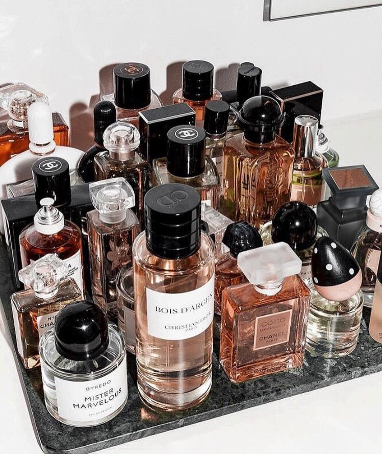 parfum - perfume -parfumerie -perfumery - fragrance - scent