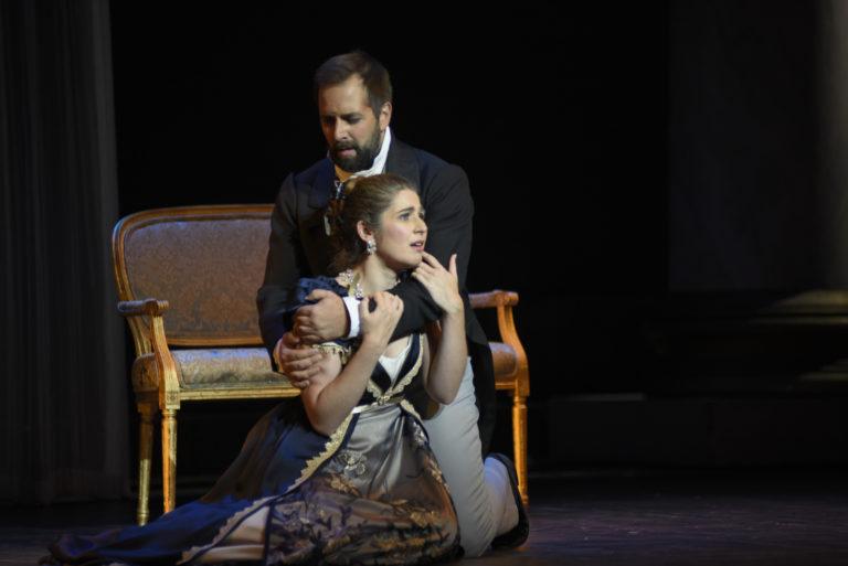 Etienne Dupuis - Onéguine Nicole Car - Tatiana- Opéra de Montréal